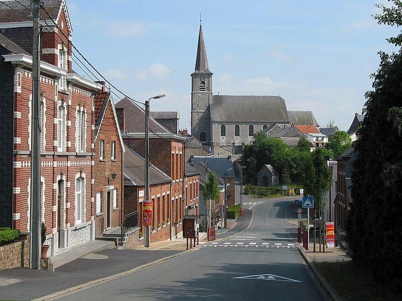Froidchapelle (Belgique) - Rue de la Station.