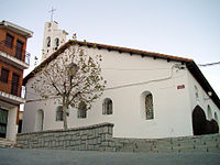 Frontal de iglesia en Villavieja del Lozoya.jpg