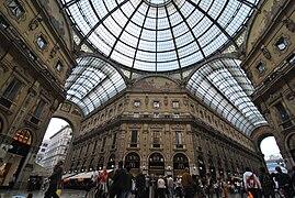Galleria Vittorio Emanuele II Milan May 2009.jpg