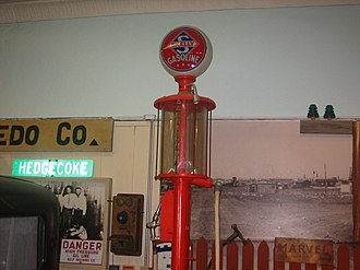 Hutchinson County Historical Museum - Image: Gasoline pump at Boomtown Revisited Picture 2109