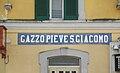 Gazzo-Pieve San Giacomo stazione ferr scritta.JPG