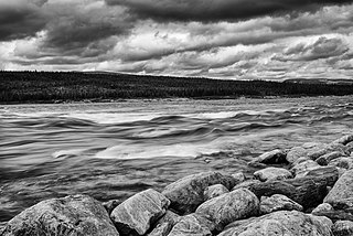 George River is a tributary of Ungava bay, in unorganized territory of Rivière-Koksoak, in administrative region of Nord-du-Québec, in Quebec, in Canada.