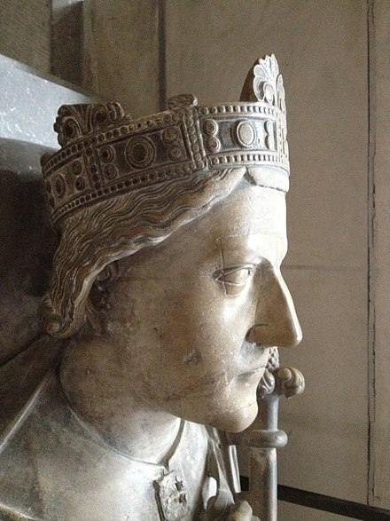 Richard I in profile, funerary effigy above the tomb containing his heart in Rouen Cathedral (early 13th century) Gisant Richard Coeur de Lion3.JPG