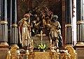 Gmunden - Stadtpfarrkirche, Altardetail 2.jpg