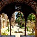 Golestan palace yard.jpg