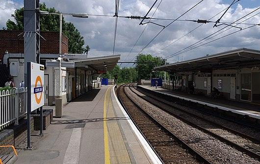 camden road railway station wikivisually