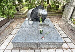 Julian Tuwim - Tuwim's grave in Warsaw's Powązki Cemetery.