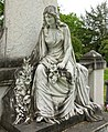 Grabstätte Familie Conrad Wilhelm Schmidt, Skulptur von Leo Müsch, Nordfriedhof Düsseldorf.jpg