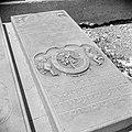 Grafsteen op de Joodse begraafplaats Beth Haïm op Curaçao., Bestanddeelnr 252-3244.jpg