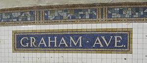 Graham Avenue (BMT Canarsie Line) - Station name tablet on the southbound platform