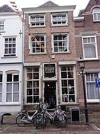Grave Rijksmonument 17302 Rogstraat 31.JPG