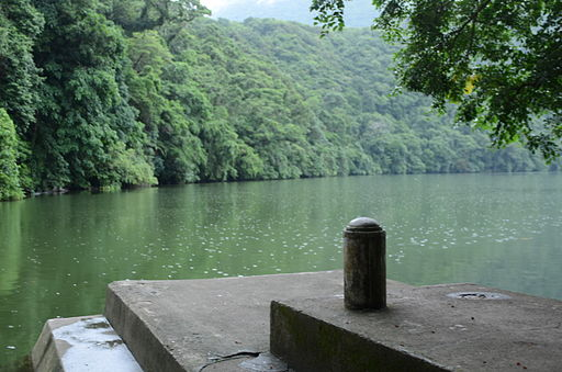 Green Bulusan Lake