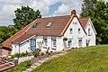 Greetsiel - Häuser am alten Deich.jpg