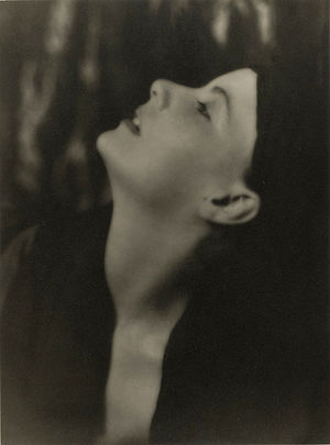 Portrait photograph of Greta Garbo