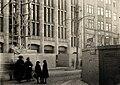 Hörnet av Kungsgatan och Norrlandsgatan, varuhuset Myrstedt & Stern - Nordiska Museet - NMA.0031224.jpg