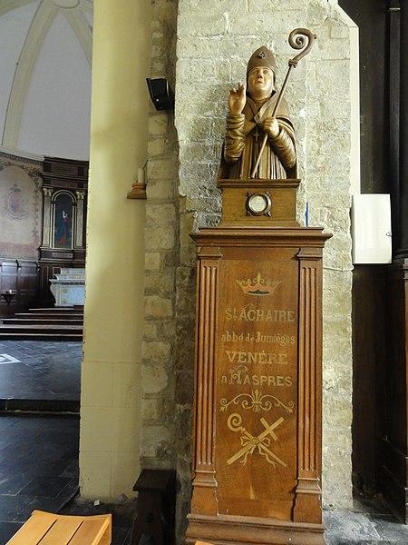 Haspres (Nord, Fr) église, buste Saint Achaire