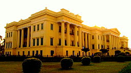 Hazarduari Palace West Bengal.JPG