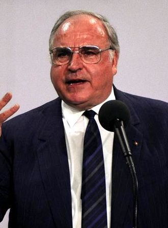 Vision for Europe Award - Image: Helmut Kohl (1989)