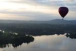 Hot air balloon over Lake Burley Griffin 2.JPG