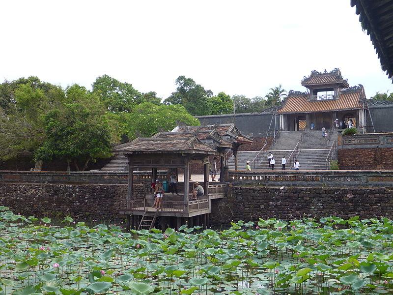 File:Hue - Tomb of Emperor Tu Duc - 002.jpg
