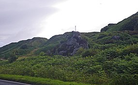 Humpy vegetation laden outcrops north of Muasdale - geograph.org.uk - 1448657.jpg