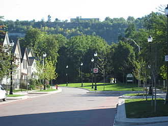 "Hamilton, Ontario - View of the Niagara Escarpment from the bottom on Hunter Street. The escarpment runs through the city, bisecting it into ""upper"" and ""lower"" parts."