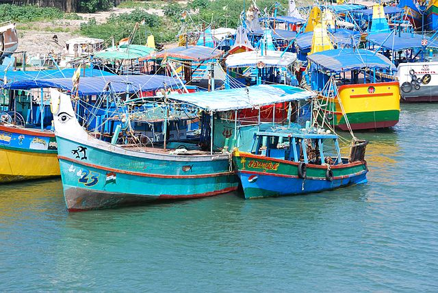 File:Indien Tamil Nadu Cuddalore Old Town Boats jpg - Wikimedia Commons