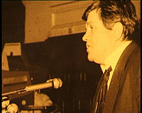 Ioan in parlament.jpg