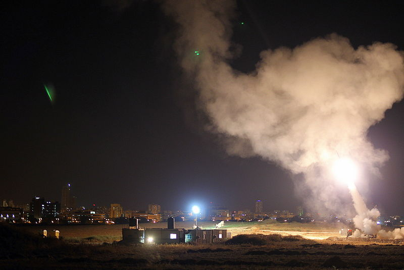 קובץ:Iron Dome in Operation Protective Edge.jpg