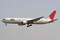 JAL B767-300ER(JA606J) (4021714972).jpg