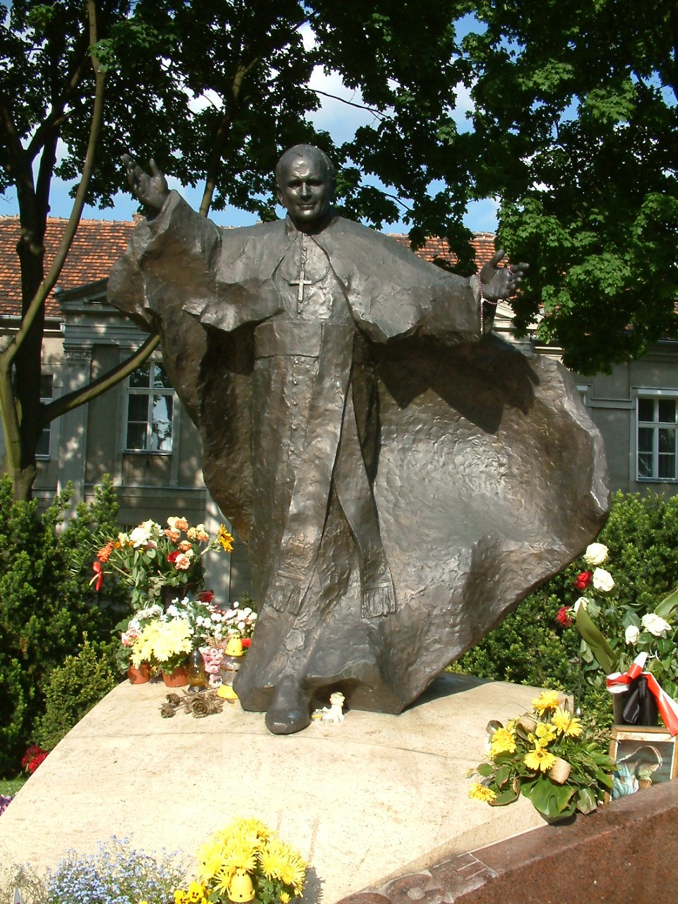 JPII pomnik Poznan