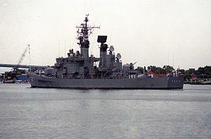 JS Asakaze in San Diego Bay, -1 Jul. 1991 a.jpg