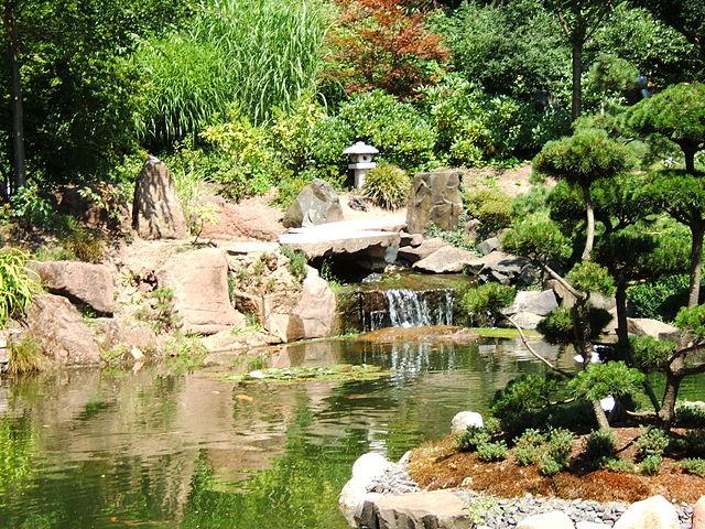 japanischer garten park und zoo in kaiserslautern deutschland reisef hrer tripwolf. Black Bedroom Furniture Sets. Home Design Ideas