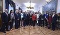 Jefa de Estado sostuvo un encuentro con jóvenes líderes de Perú (22332219120).jpg