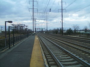 Jersey Avenue station - The Trenton-bound tracks of Jersey Avenue facing northward towards Newark.  Newark-bound trains do not use this track when stopping at Jersey Avenue.