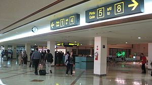 Juanda International Airport - Image: Juanda 4