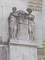 Két szobrász (Lányi Dezső, Vass Viktor, 1910), 2017 Lipótváros.jpg