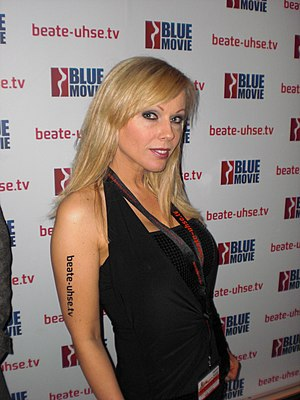 Erotixxx Award - Kelly Trump at the Venus Fair, October 2008