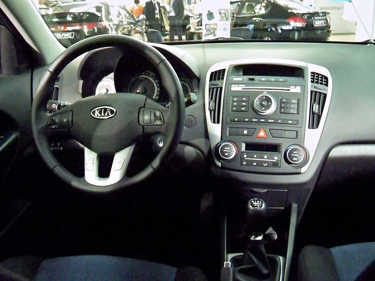 file kia cee 39 d sw facelift interior gms. Black Bedroom Furniture Sets. Home Design Ideas