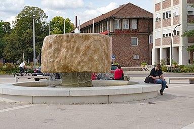 Kornwestheim 2016 Jubiläumsbrunnen WikiCon.jpg