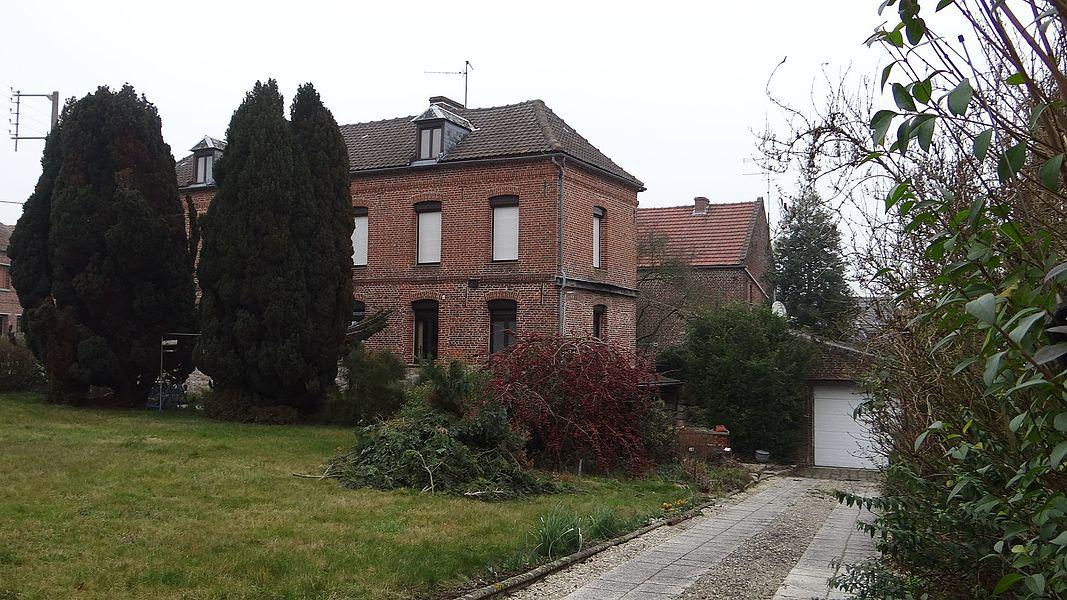 Lécluse (12) - Maison de Elisa Moncomble-Dujardin où Paul verlaine séjourna