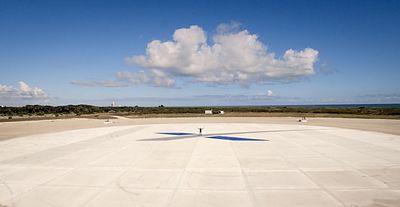 Landing Zone 1 (23267877284).jpg