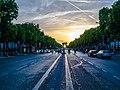 Les Champs Elysées et l'Arc de Triomphe - Paris - 6 juin 2014.jpg