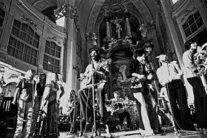 Les Humphries Singers performing at St. Michael's Church, Hamburg in 1972
