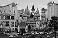 Les casinos du Strip - Excalibur (9199590639).jpg