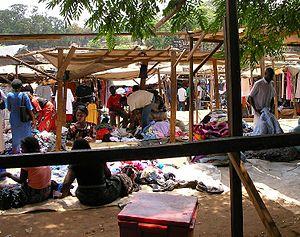 Economy of Malawi - Lilongwe market.
