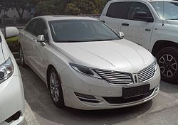 Lincoln MKZ II 01 China 2016-04-04.jpg