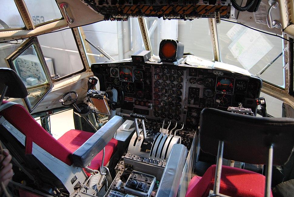Lockheed C-130 Hercules flight deck