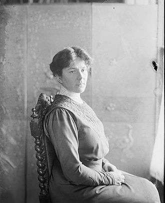 Louise Homer - Louise Homer early in her career
