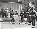 Luchtmacht, vaandels, parades, muziekkorpsen, Bernhard, prins, Juliana, koningin, Bestanddeelnr 017-0057.jpg